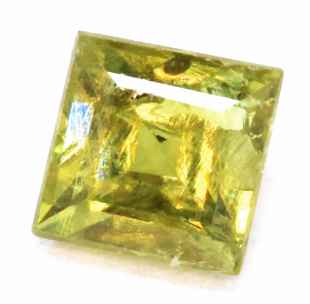Demantoid mit 0.19 Ct