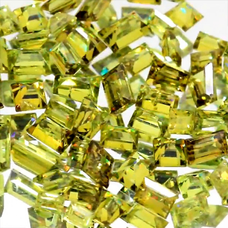 Demantoid mit 0.23 Ct