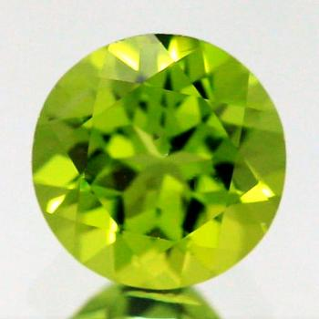 Peridot 9 mm, ca. 3 Ct, AAA Grade