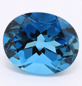 Topas in London Blue mit 10 x 8 mm, ca. 3.00 Ct